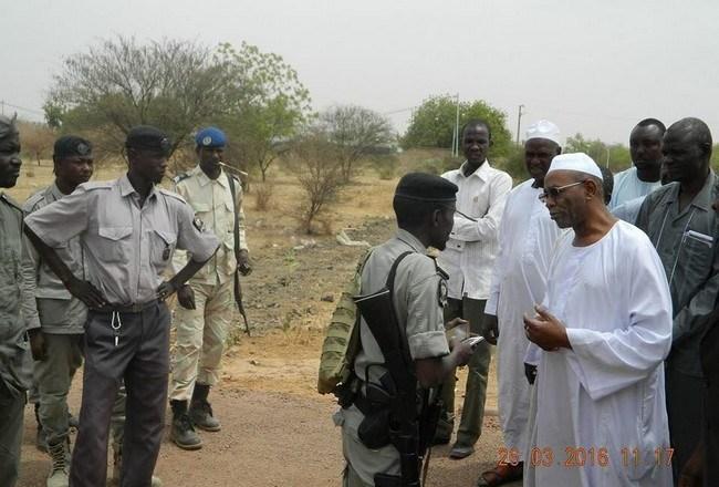 Tchad: comme IDI est aux abonnés absents, Mahamat-Ahmad Alhabo demande au Premier ministre la restitution de ses affaires «arrachées par l'ANS»