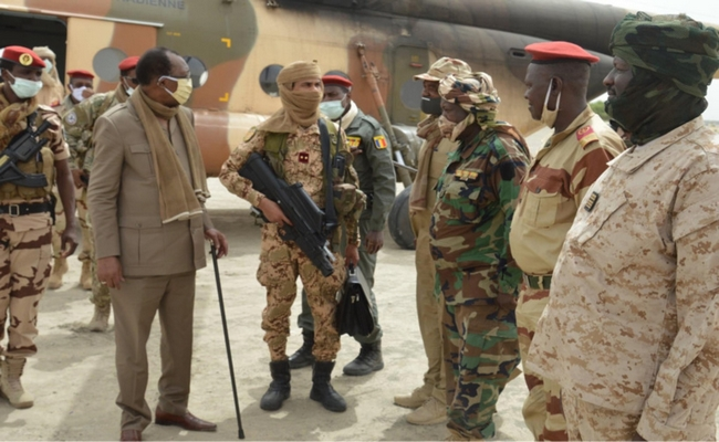 Le Tchad n'enverra plus de troupes au Sahel: manque d'effectifs, menace terroriste ou rebelle ?