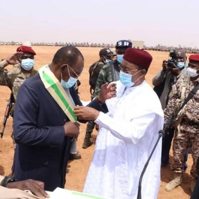 Le Président Idriss Déby élevé à la Dignité de Grand Croix de l'Ordre National du Niger