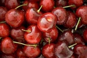 cherries_close