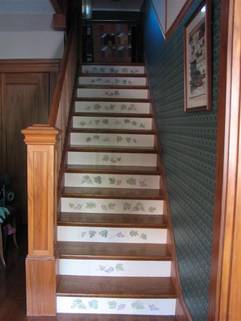 stenciled_design_on_stairs