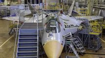 Su-57 Üretim Hattında