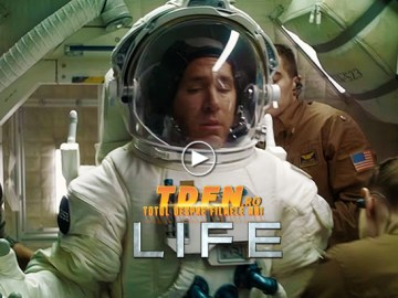TDFN_RO_Life_2017_SF_Movie_Ryan_Reynolds_Jake_Gyllenhaal