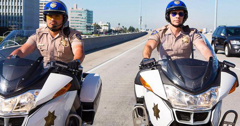 Primul Trailer Pentru Comedia De Acţiune CHIPS Cu Dax Shepard și Michael Peña