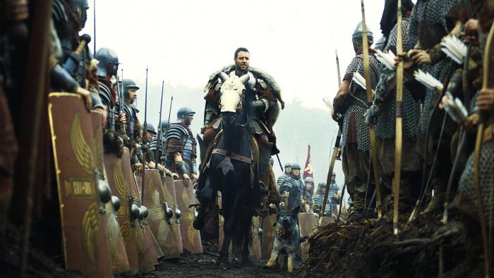 Russell Crowe (Maximus) în Gladiator (2000)