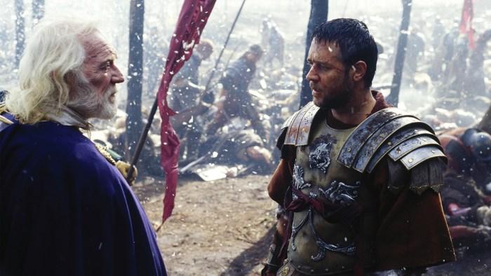 Russell Crowe (Maximus) şi Richard Harris (Marcus Aurelius) în Gladiator (2000)