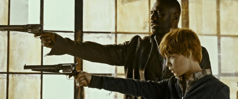 Idris Elba şi Tom Taylor în THE DARK TOWER.