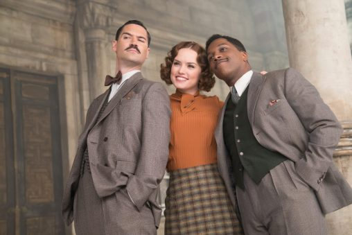 Manuel Garcia Rulfo, Daisy Ridley, Leslie Odom Jr. in Murder On The Orient Express
