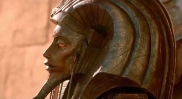 Jaye Davidson (Ra) in filmul Stargate (1994)