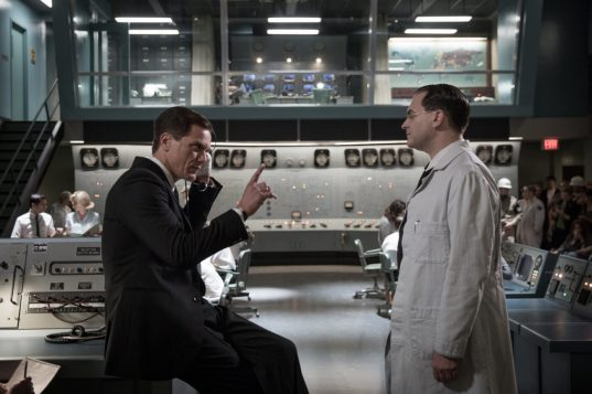 Michael Shannon and Michael Stuhlbarg in the film THE SHAPE OF WATER.