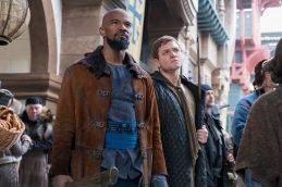 Robin Hood (2018) Taron Egerton si Jamie Foxx