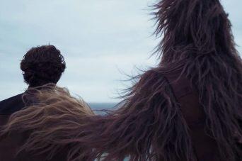 Joonas Suotamo este Chewbacca si Alden Ehrenreich este Han Solo in SOLO: A STAR WARS STORY