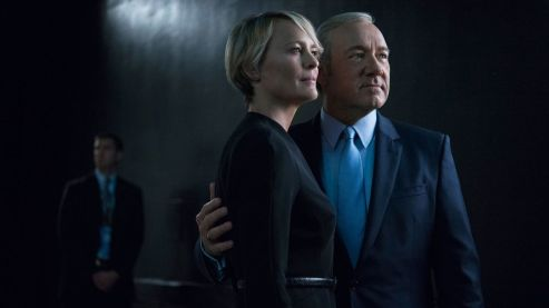Frank Underwood (Kevin Spacey) si Claire Underwood (Robin Wright)