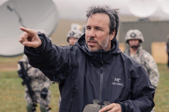 Regizorul DENIS VILLENEUVE la filmările pentru filmul ARRIVAL
