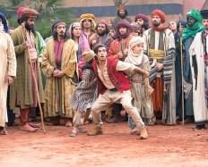 Mena Massoud ca Aladdin