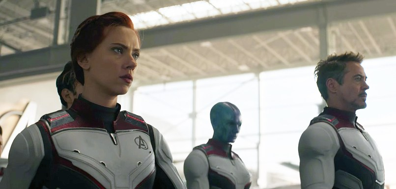 Avengers: End Game - Black Widow, Iron Man si Nebula