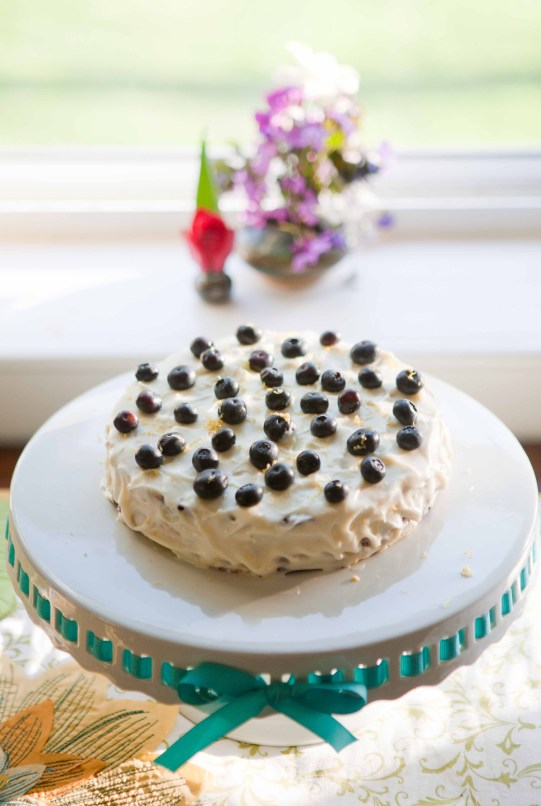 fresh lemon blueberry layer cake with flowers |via  teacher-chef 4637