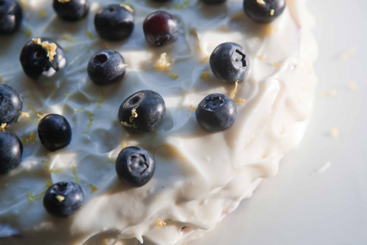 fresh lemon blueberry layer cake | via teacher-chef 4652