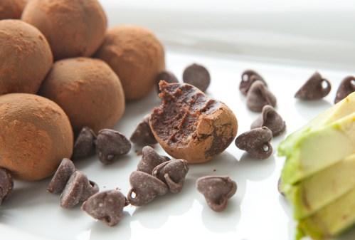 Chocolate Avocado Truffles - via teacher-chef.com 2015