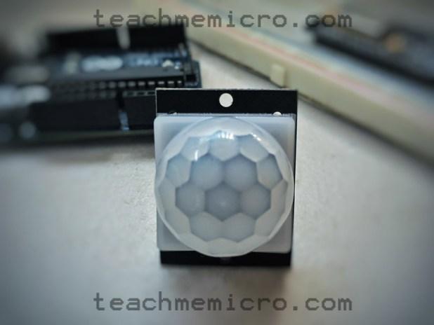NodeMCU PIR Sensor