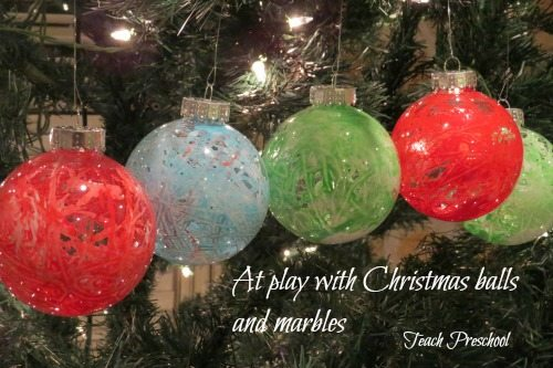 Marble play in a Christmas ball