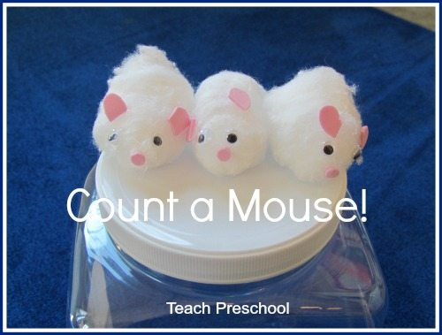 Count a mouse story telling props and game