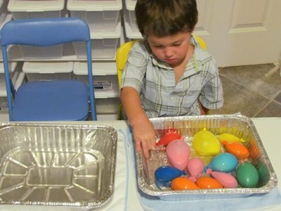 Preschool science and sensory with balloons and water