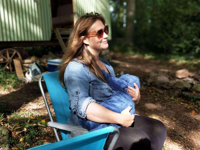breastfeeding-mama-teachworkoutlove.com