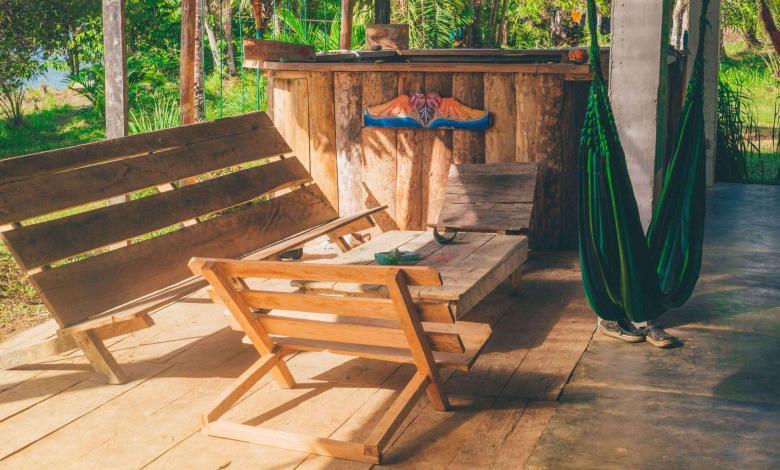 tropical-oasis-in-backyard