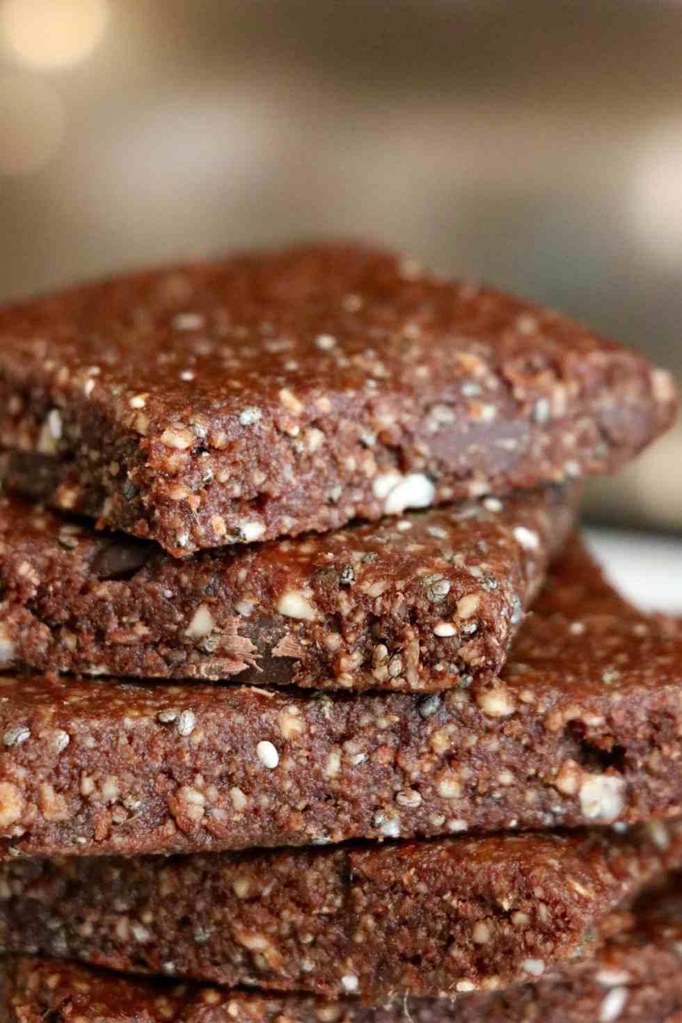 5-minute Chocolate Energy Bars