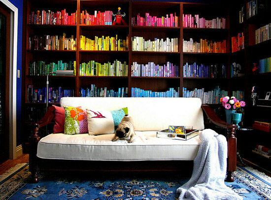 01-colour-coded-bookshelves