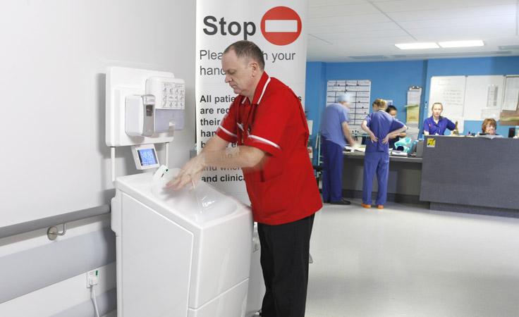 Portable hand washing units for medical use
