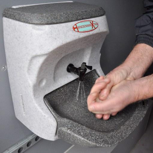 HandemanXtra hand washing sinks3
