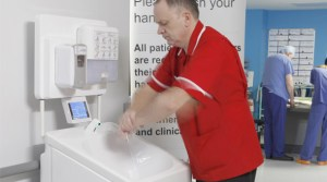 Mobile hand washing facilities for medial use
