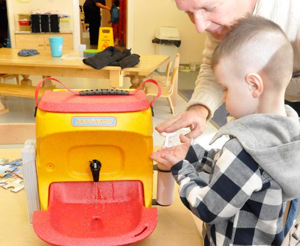 Kiddiwash mobile hand washing sinks for children