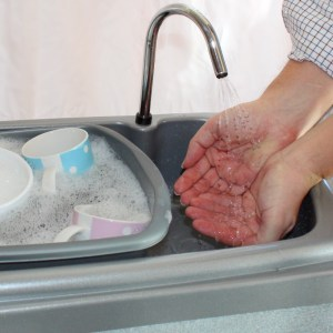 BigSynk hand and arm washing portable sink 8