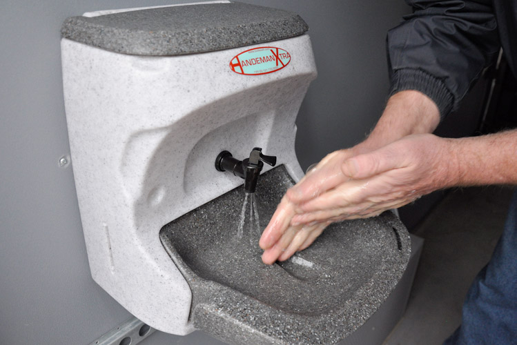 Portable sinks for hand washing in New Zealand and Australia
