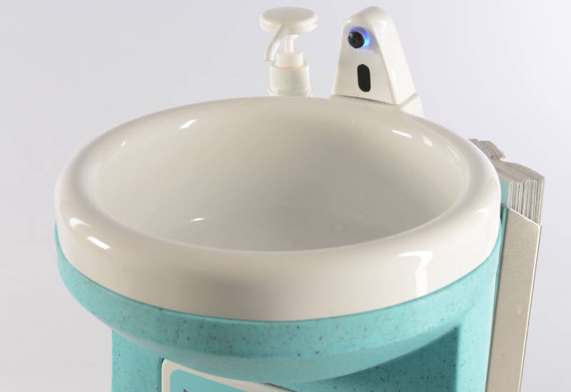 All Teal portable handwash units are designed to be used with paper towels