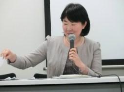 指定発言する花村温子運営委員