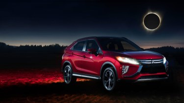 WILKE_EclipseCross_Red_Ext_Front34_Composite3_16x9_v2
