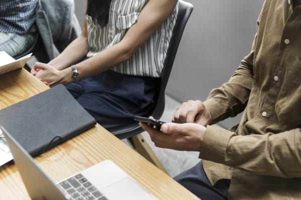 Mitarbeiter nutzen feedbackr für ein nachhaltiges Change Management