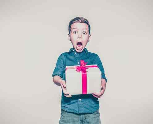6 originelle Mitarbeitergeschenke Ideen für Weihnachtsfeiern