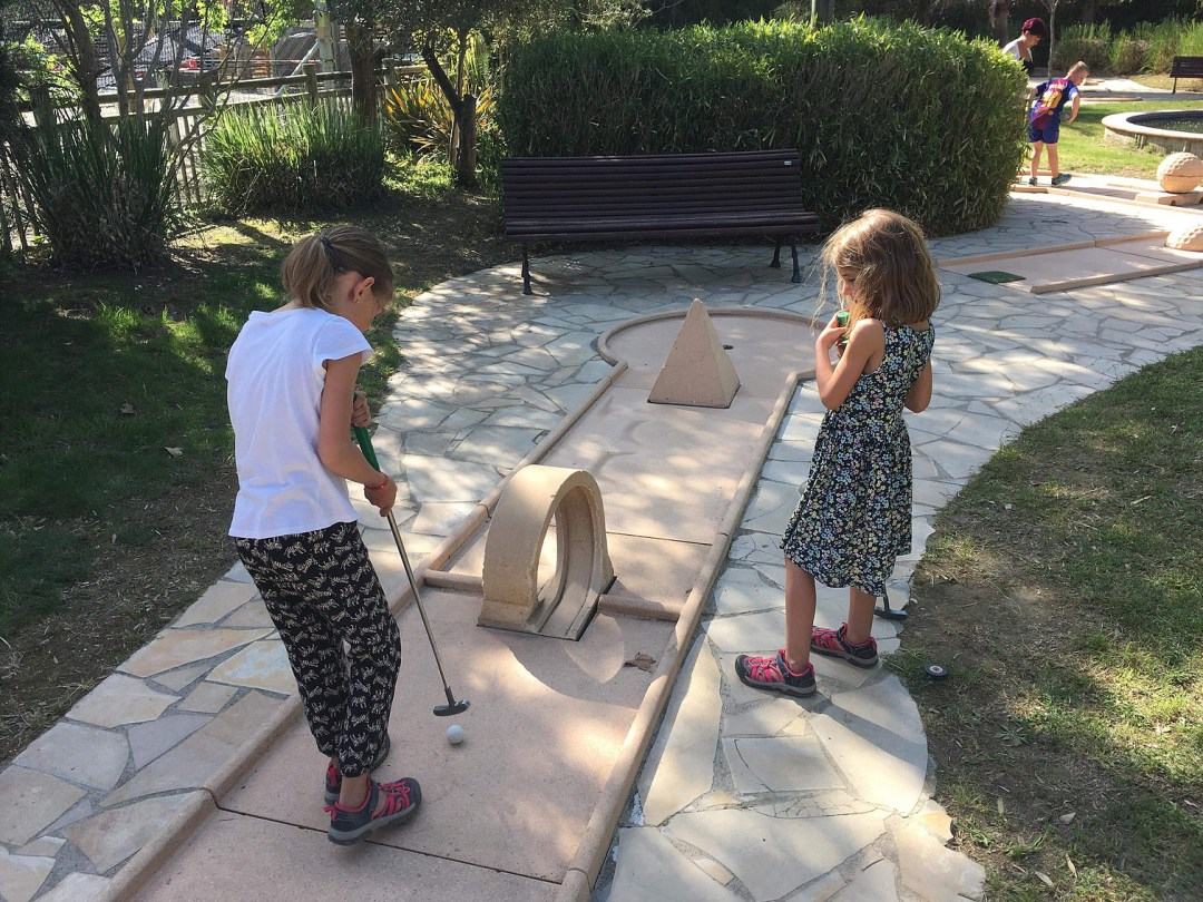 mini golf team ballet argeles sur mer