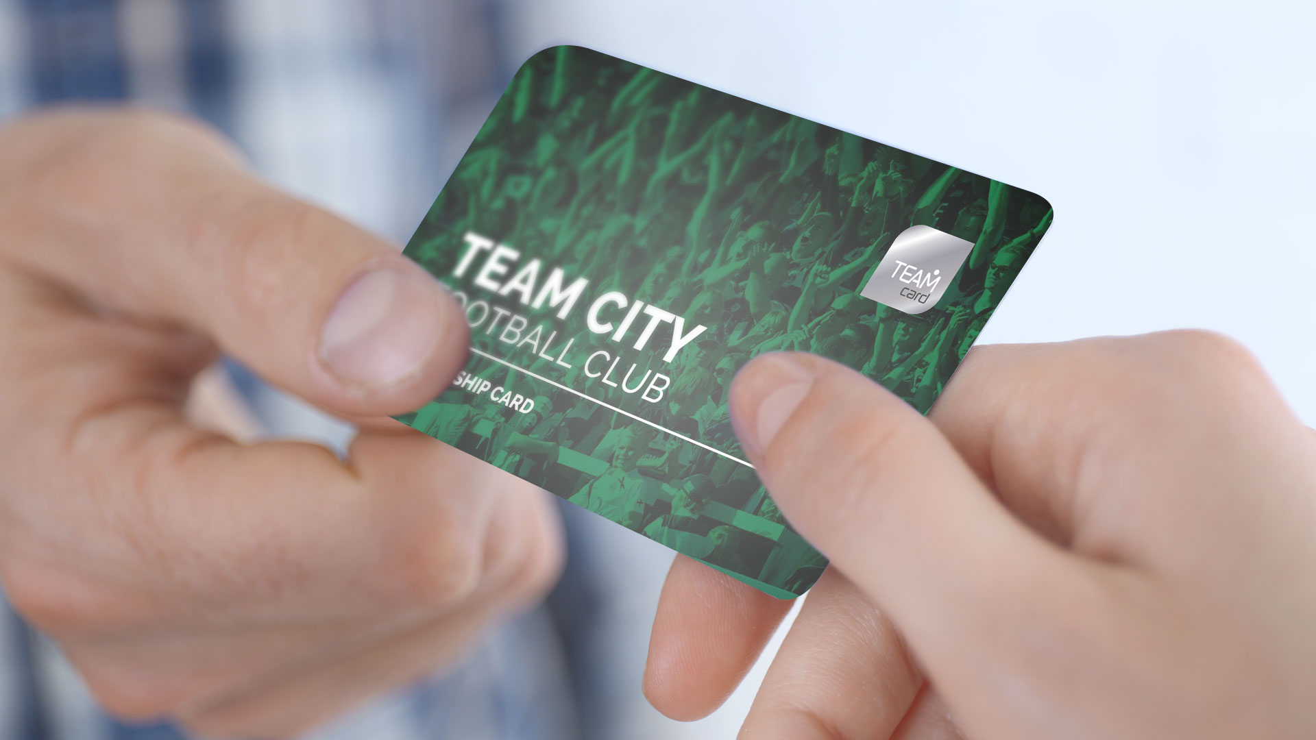 Handing over a TeamCard