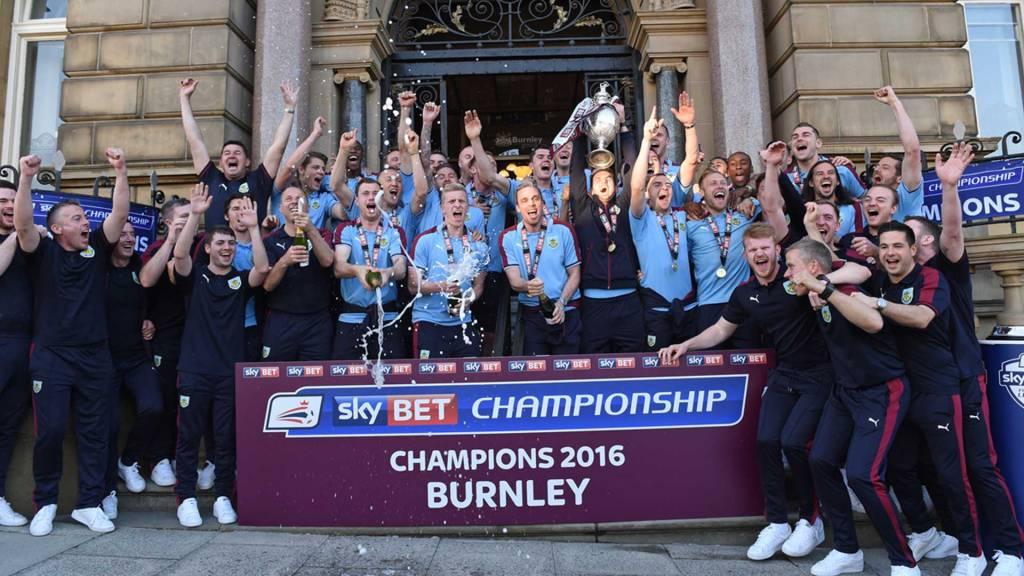 Burnley win the Championship 2016