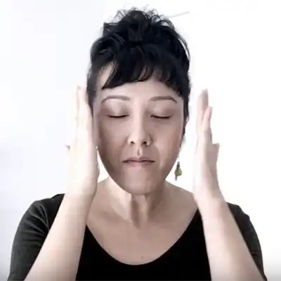 face massage with bo wong
