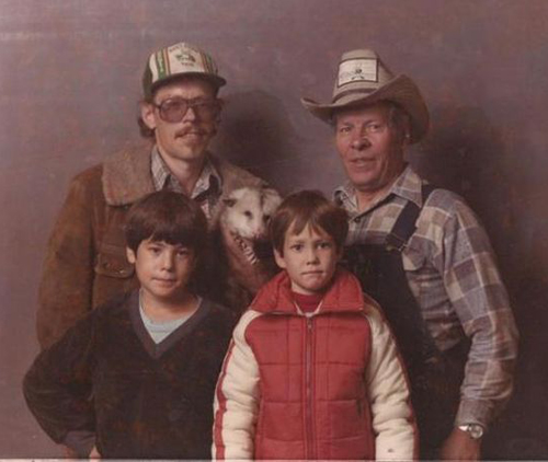 Family with possum Family Portraits Bad Family Photos Ellen worst family pics funny pictures awkward family photos wtf ugly people stupid people crazy people weird people