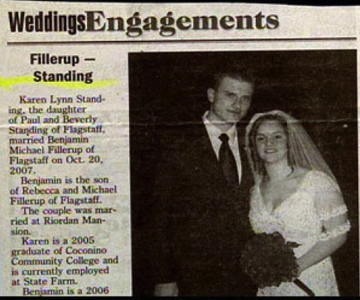 Fillerup Standing Funny wedding announcements Funny Wedding Pictures Bad Wedding Photos Worst Wedding Pics Disasters Crazy Photography ideas