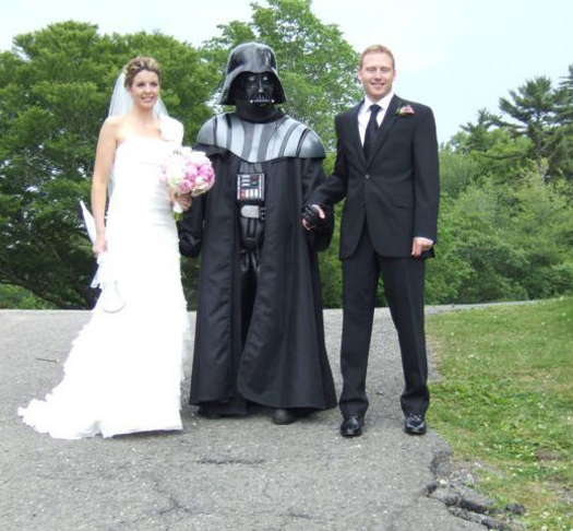 Married by Darth Vader Funny Wedding Pictures Bad Wedding Photos Ugly Wedding Dresses Fail Horrible Awkward Family worst strange Brides