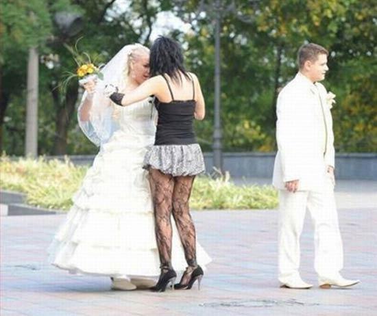 ~ 15 Funny Wedding Photos ~ ~